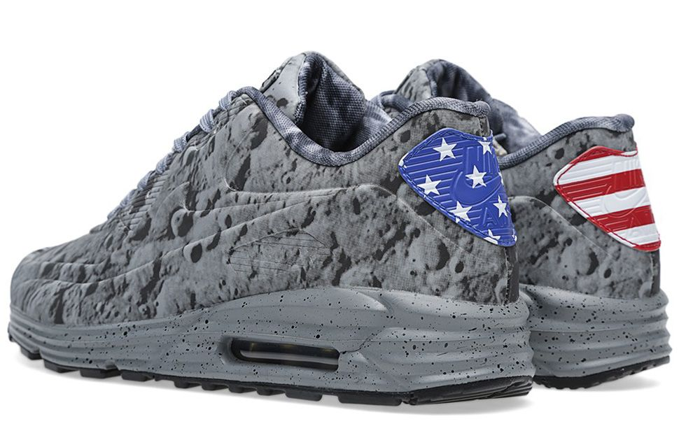 "Releasing: Nike Air Max Lunar 90 SP ""Moon Landingâ 