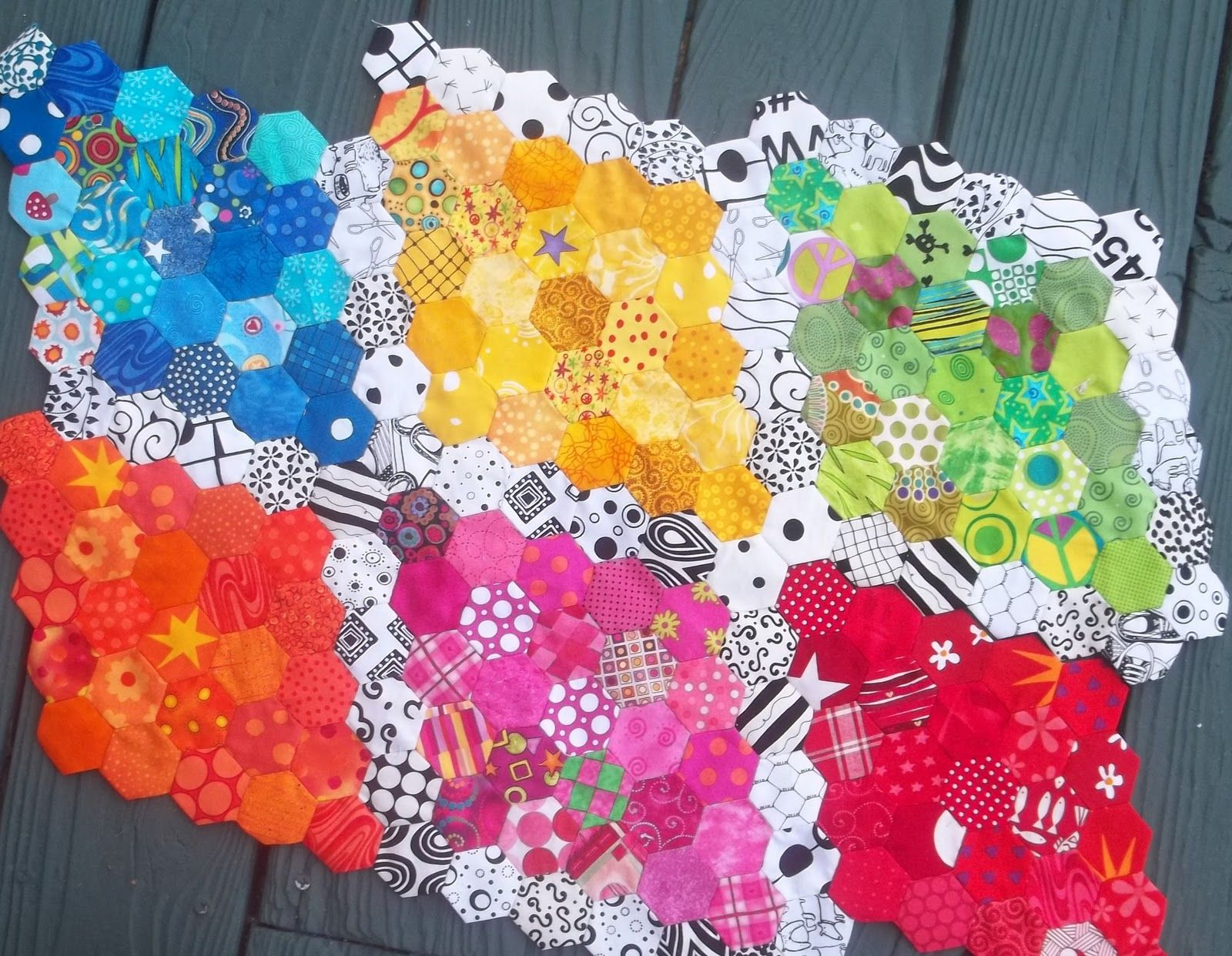 Kelly Girl Quilts HEXIE S Hexagons