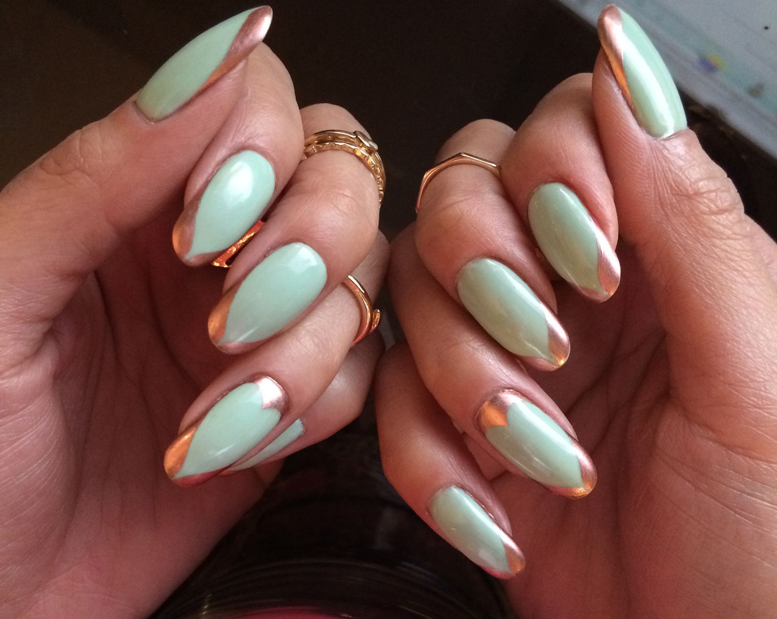 Spring Nails Mint green and rose gold tips