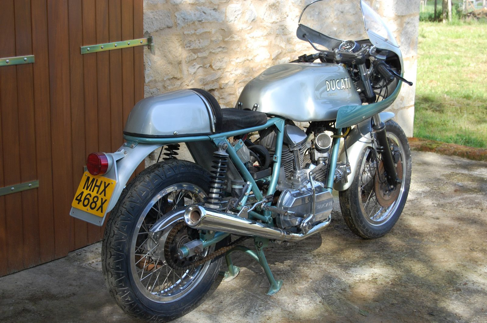 for sale ducati 900ss bevel drive cafe racer. duck egg green and