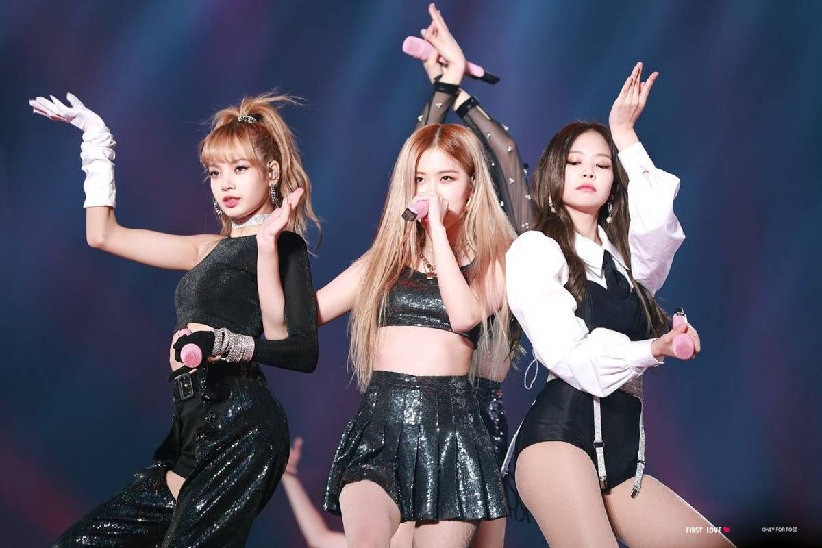 181110 181111 Blackpink In Your Area Seoul Concert Rose Concert Blackpink Blackpink Rose