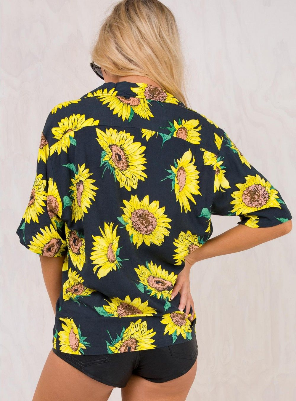 a32ca3fa Motel Sunflower Hawaiian Shirt | Summer Style in 2019 | Hawaiian ...