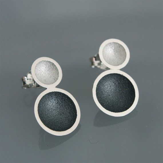 "Contemporary handmade earrings in silver ""2cups Black and white"""