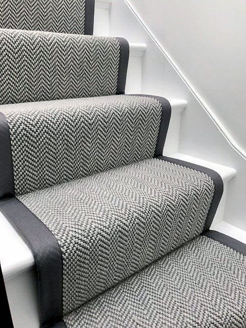 Best Image Result For Grey Herringbone Carpet Treppen 400 x 300