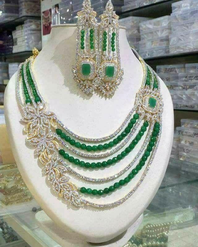 Pin de Niharika MG en Jewellery | Pinterest | Collares, Bisutería y ...