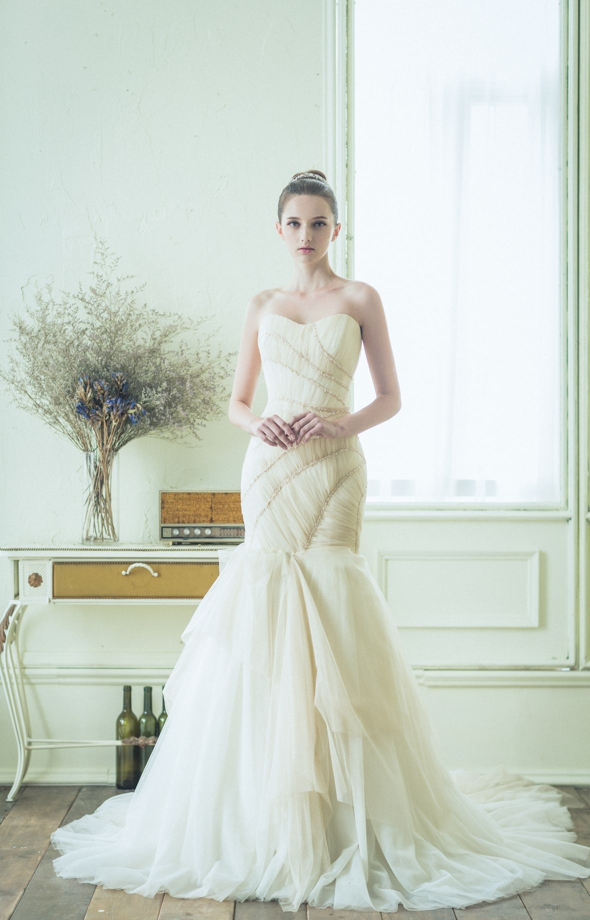 Atelier Ray Dress by Ray & Co. Wedding dresses, Modern
