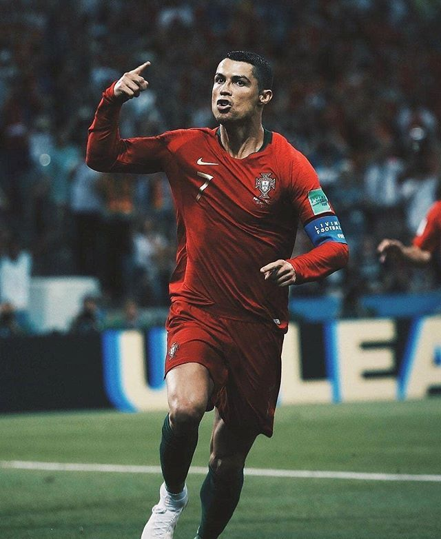 98131ec73 Soccer Post ·  madbien HT  Portugal lead Spain 2-1 courtesy two goals from   cristiano