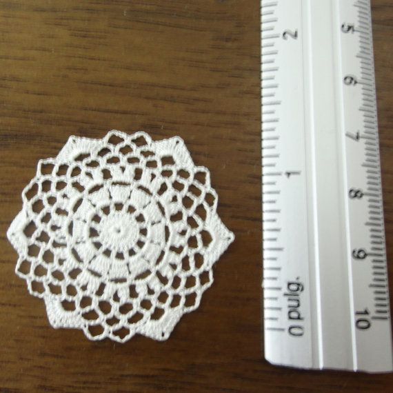 Miniature crochet round doily in white- 1:12 dollhouse miniature ...