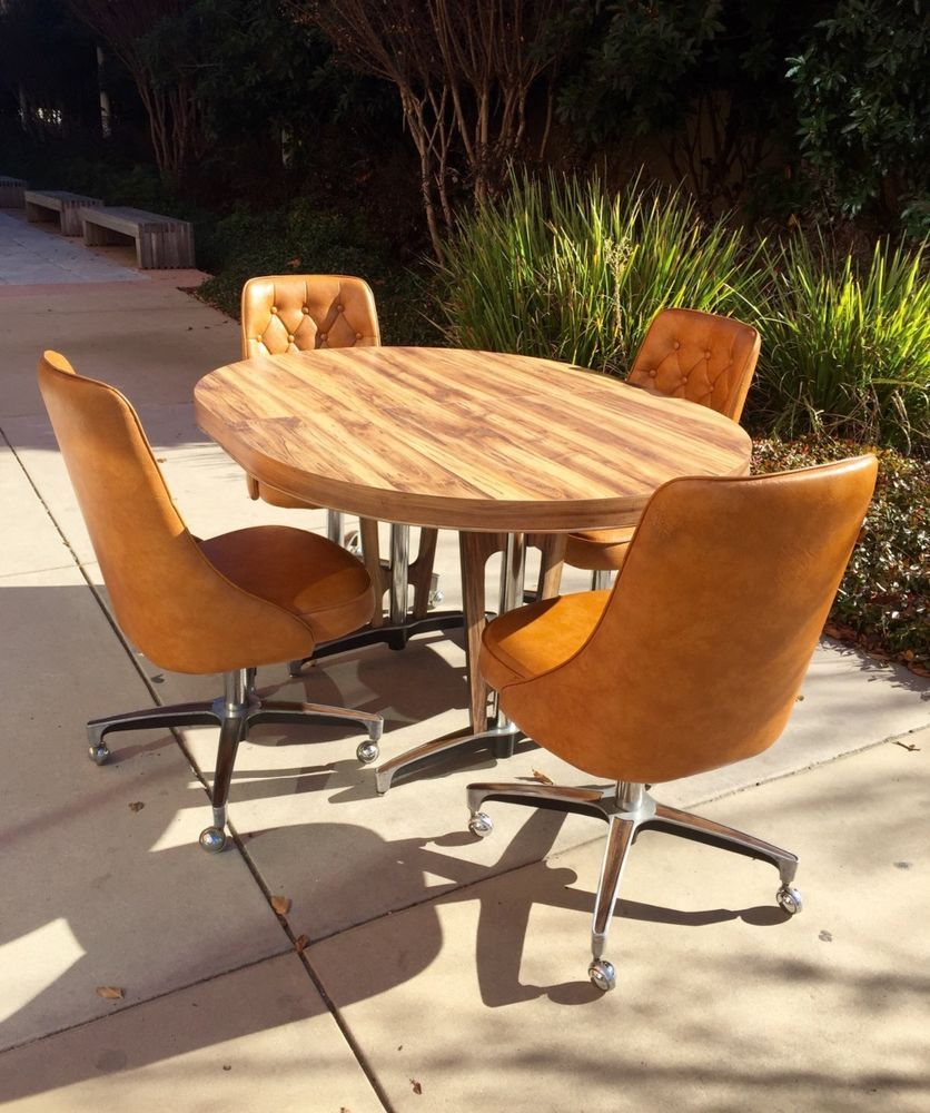 1960s Atomic Mid Century Modern CHROMCRAFT Kitchen Table ...