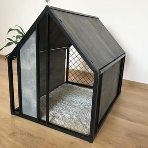 Extra Heated Cat House