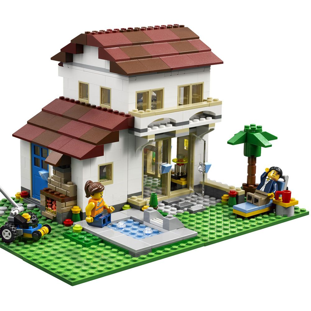 This is a cool house Lego minifigure display, Lego house