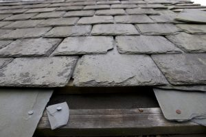 Slate Roofing Tiles Lifestyle Roofing Of Okc Roof Maintenance Slate Roof Slate Roof Tiles