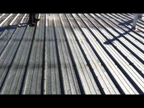 Metal Roof Coating Preparation Of Metal Roof Pressure Wash Cleaning Before Liquid Rubber Applied To Industrial Metal Roof Coating Roofing Systems Metal Roof