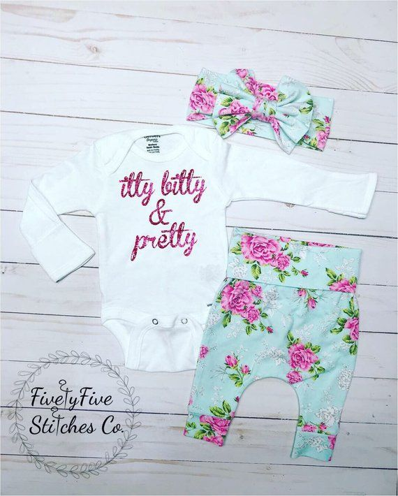 480fe9cbfaa1c Baby Girl Coming Home Outfit*Newborn Girl Going Home Outfit**Hospital Outfit **Newborn Pictures**Baby