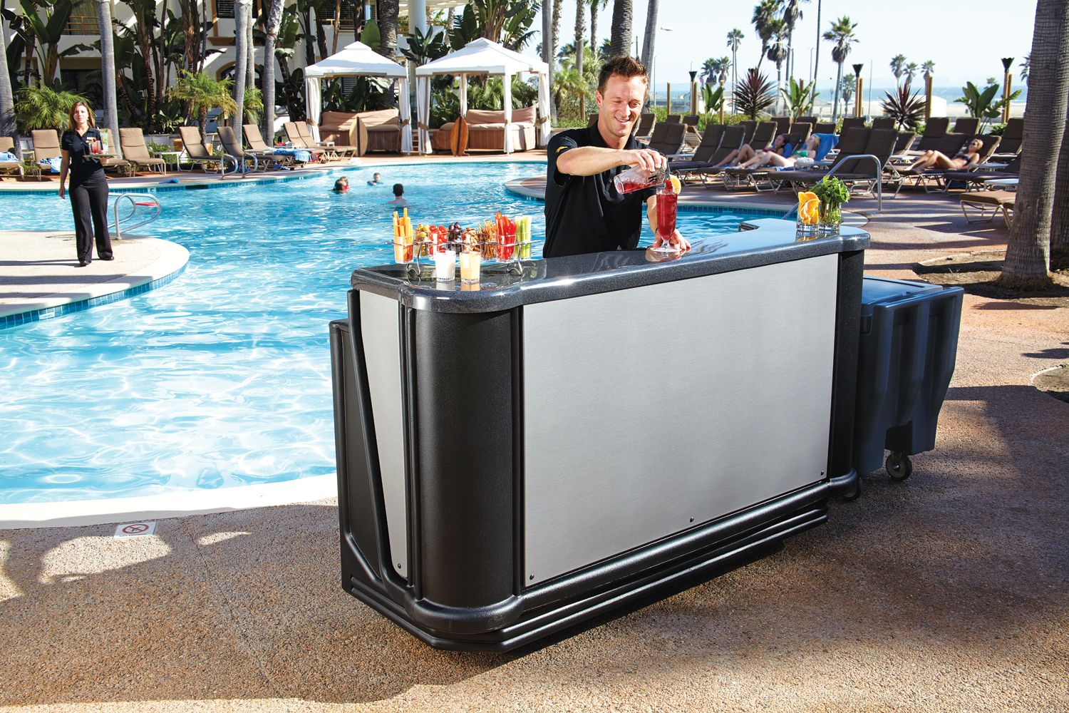Elegant Portable Outdoor Bar Ideas   Http://www.thedomainfairy.com/portable