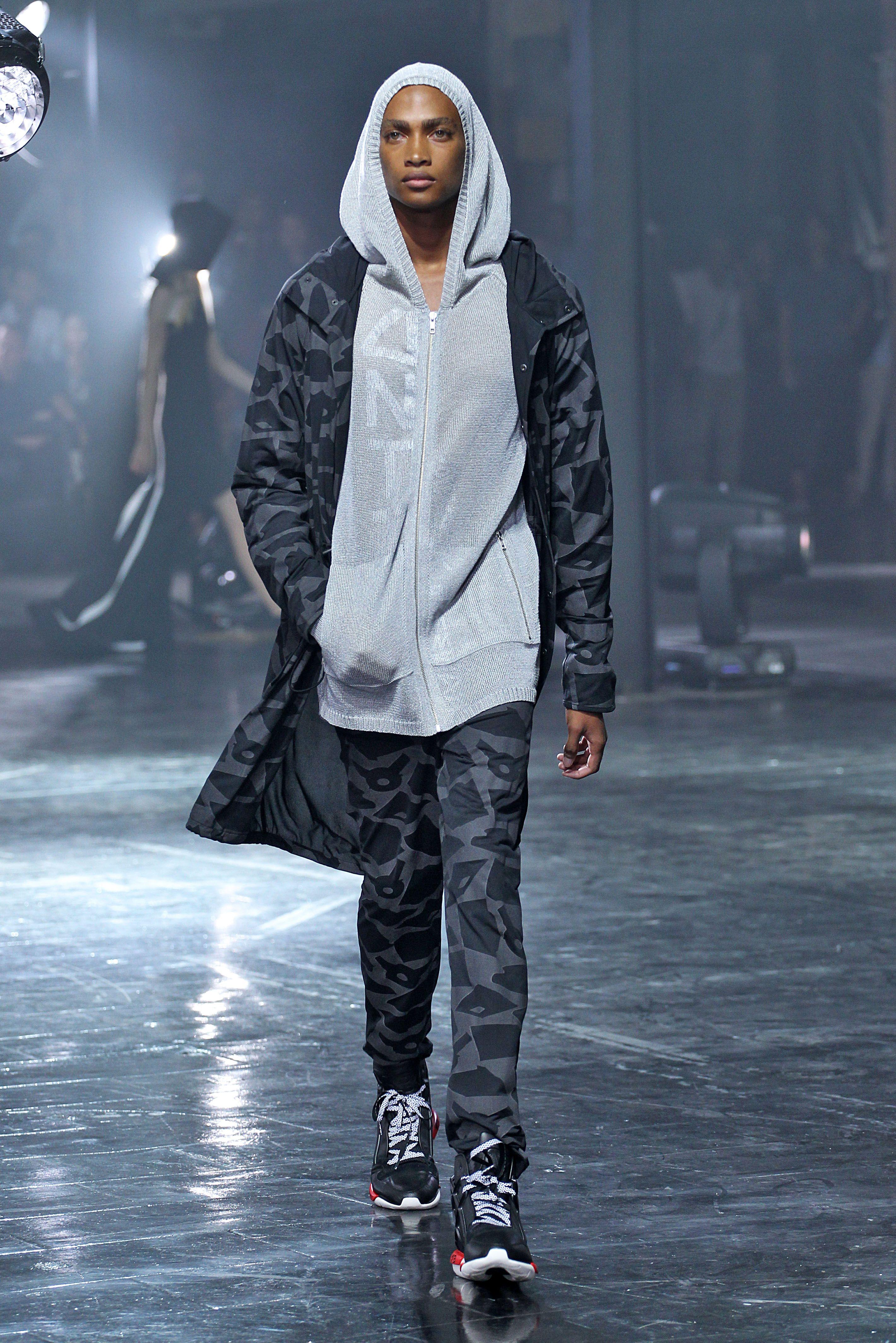 @y-3 S/S 2014 Men's Runway Looks #adidas #Y3 #Y3show #NYFW #meaninglessexcitement #PeterSaville