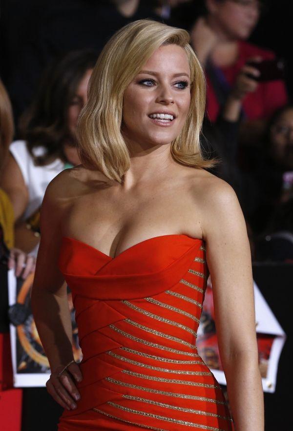 Elizabeth Banks Reveals Effie Trinket S Journey In The Hunger Games Catching Fire Movie Ideias De Cabelo Loiro Ideias De Cabelo Cabelo Loiro