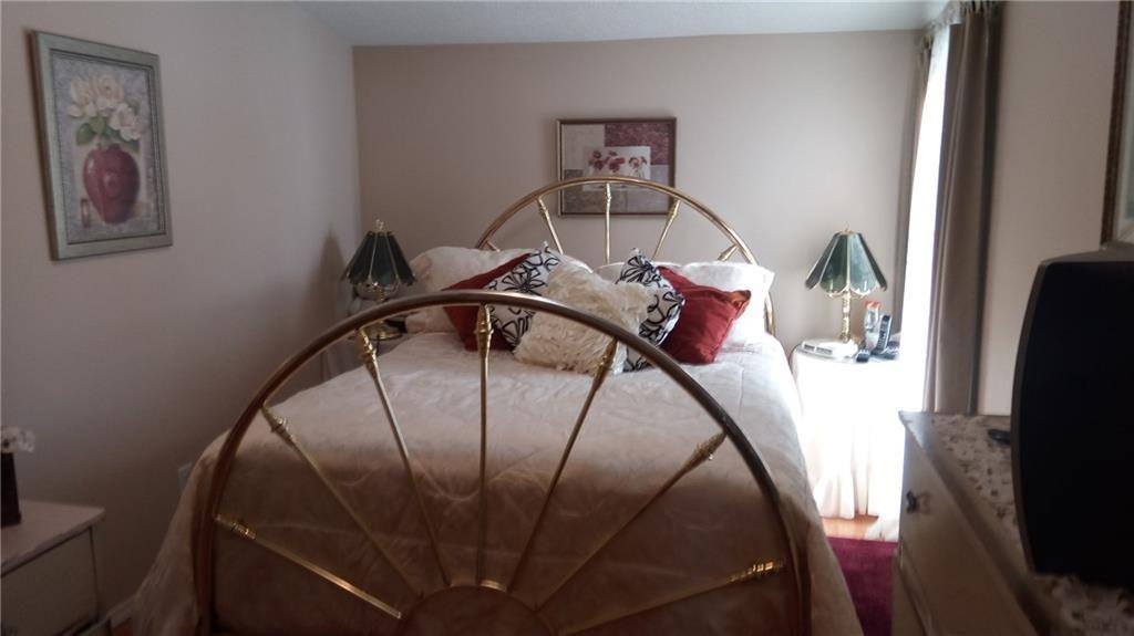 4 Spacious Bedrooms Diamond Realty Associates Ltd List