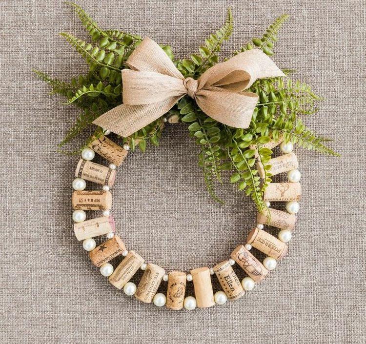 idee zum basteln mit korken und perlen basteln pinterest korken perlen und weinkorken. Black Bedroom Furniture Sets. Home Design Ideas
