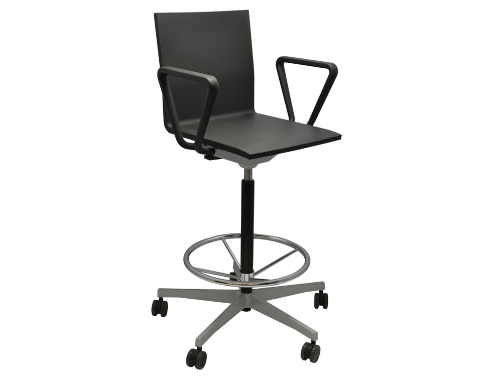 Excellent Vitra 04 Counter Chair With Armrests Q Z Psw Chair Gamerscity Chair Design For Home Gamerscityorg