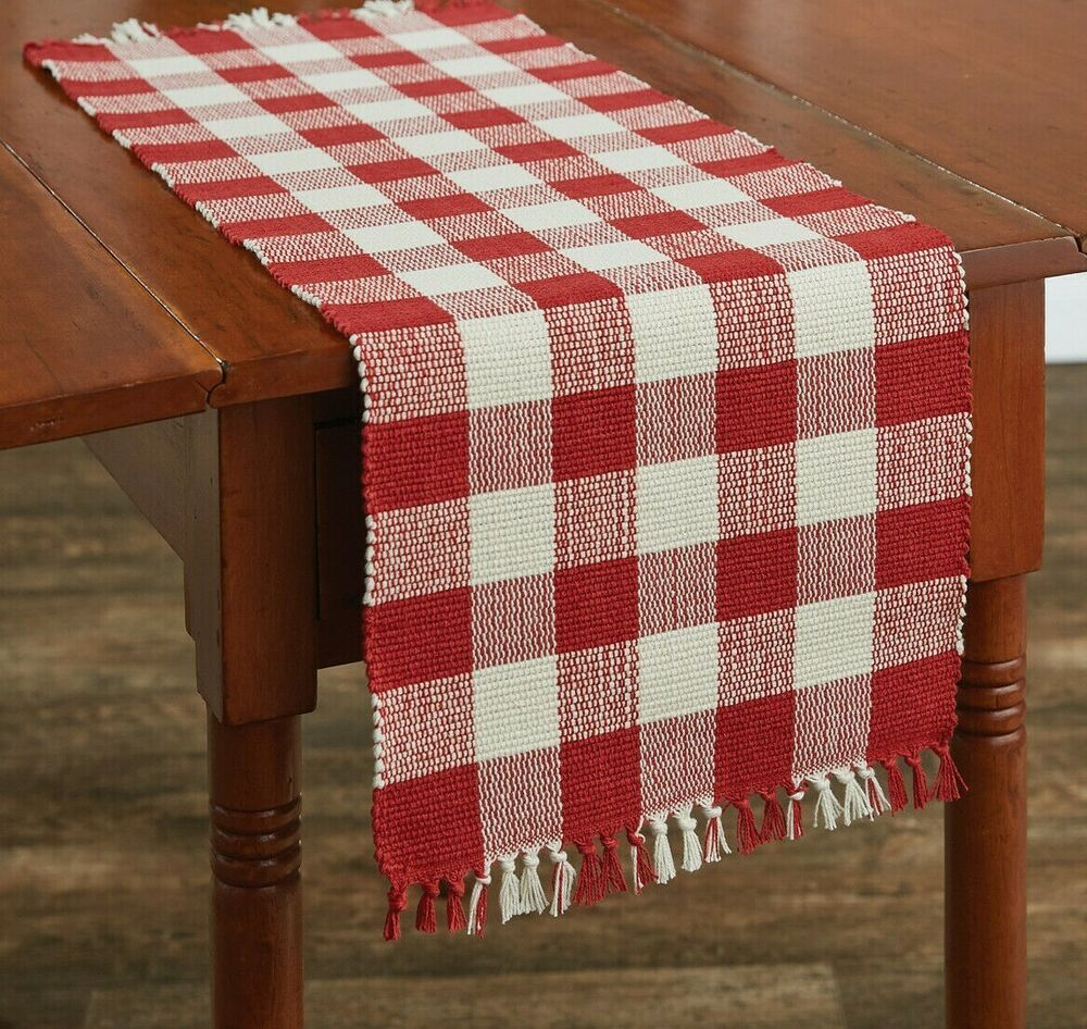 Wicklow Table Runner Red Creamy White Beige 13 X 36 Buffalo Check Kitchen Parkdesigns Farmhousecountryprimitiveretro In 2020 Table Top Decor White Beige Wicklow