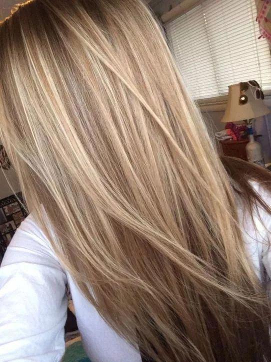 capelli lunghi e lisci con strati; tendenze del colore dei capelli più cool nel 2019; alla moda …