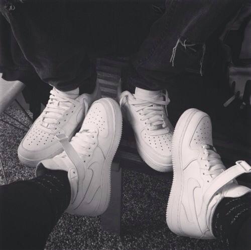 Nike Force One Friends | Zapatos nike, Tenis negros nike