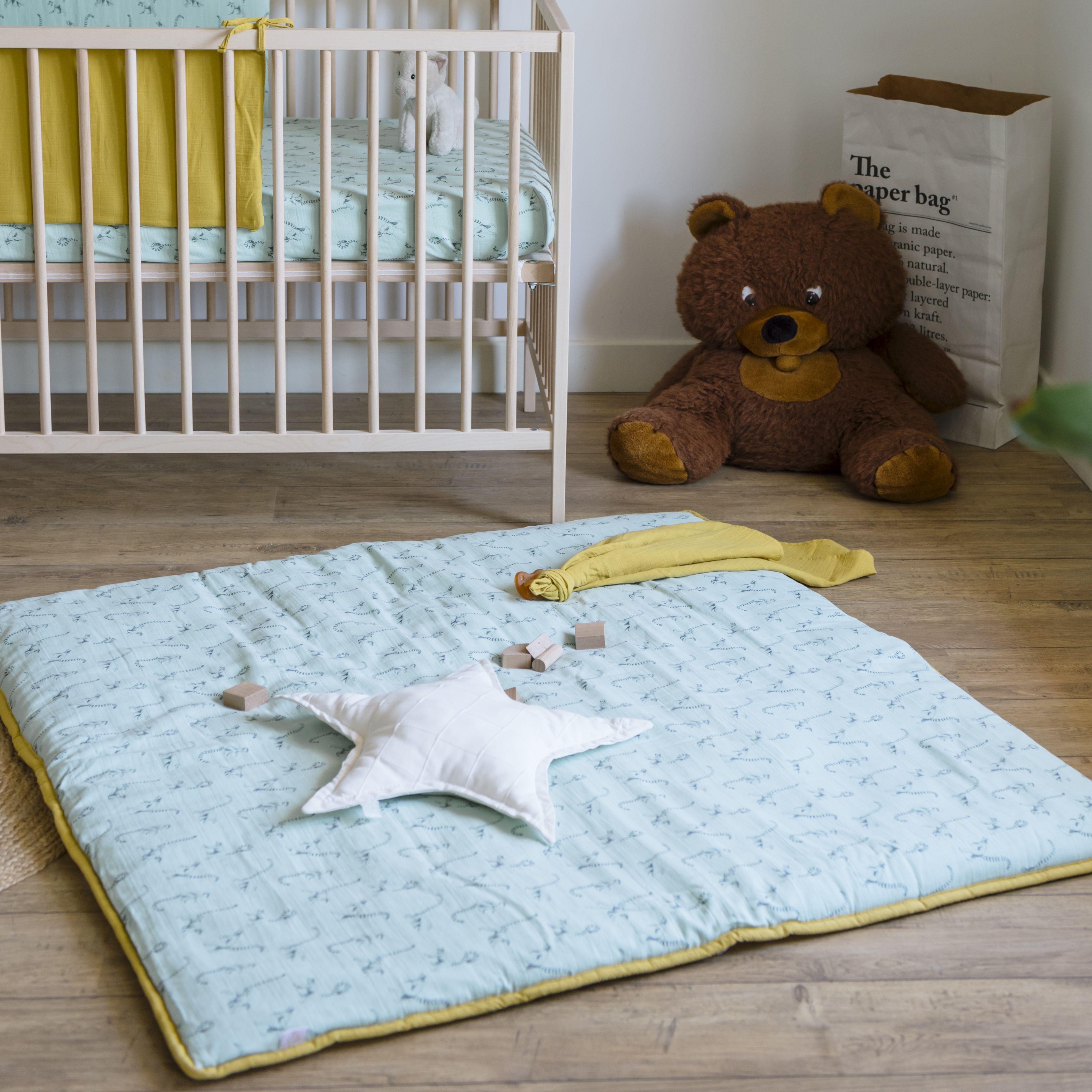 grand tapis d eveil bebe lemurien certifie oeko tex milinane tapis jeux bebe literie de pepiniere tapis eveil