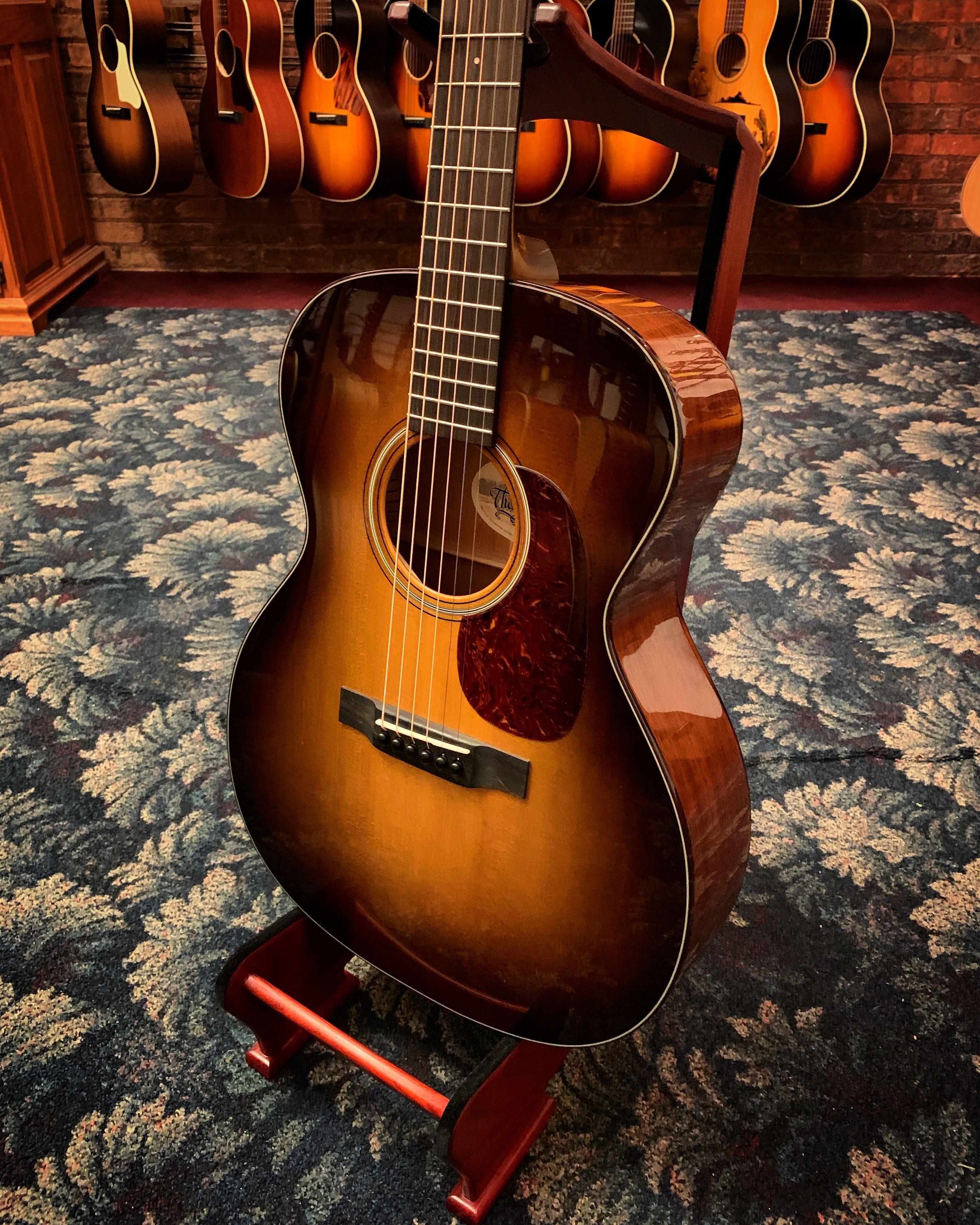 Preston Thompson Guitars 000 14ms Acoustic Guitar With Case Guitar Acoustic Guitar Acoustic Guitar Tuner