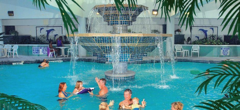 imagines of fabulous indoor pools | putt dining indoor pools