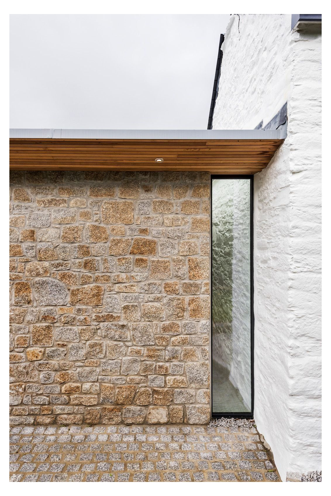 Roseland Cottage Flat Roof Extension Overhang Van Ellen Sheryn Architects Contempory Gla In 2020 Flat Roof Extension House Extension Design Glass Roof Extension