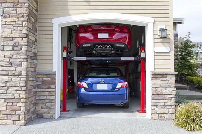 Make A Double Car Garage With A Use Of Car Lift Welcome Back Home