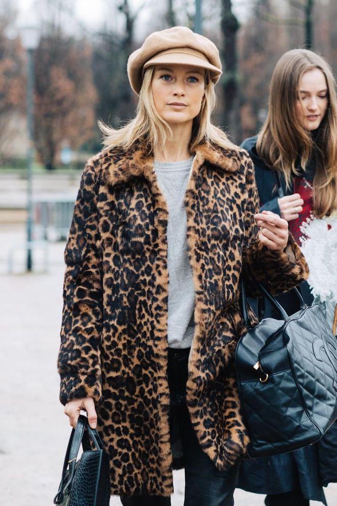 Street style à la Fashion Week automne,hiver 2017,2018 de Paris