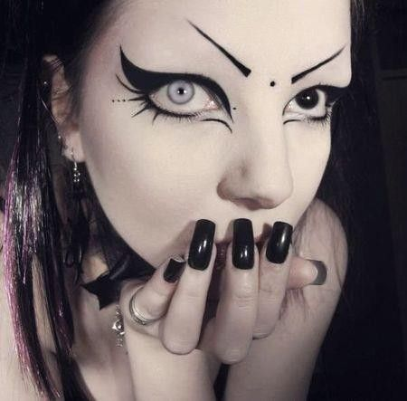 maquillage gothique my darklings in 2019 goth eye makeup goth makeup crazy eye makeup. Black Bedroom Furniture Sets. Home Design Ideas