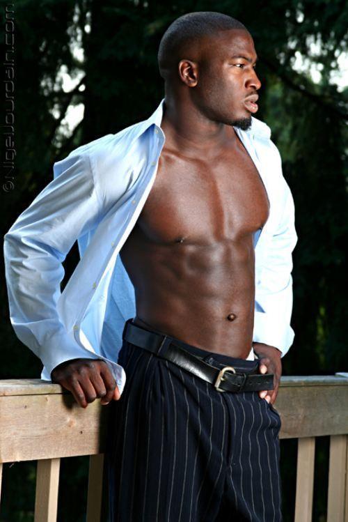 Sexy shirtless black men