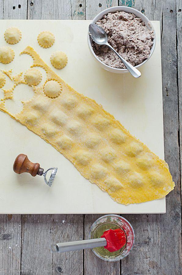 Cappelletti ricetta dei cappelletti di pasta all uovo for Marchi di pasta da non mangiare