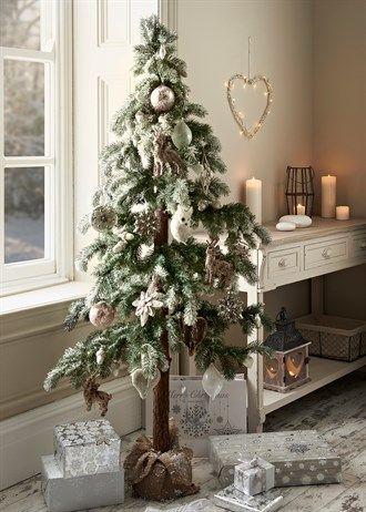 Christmas Xmas Pinterest Pine cone christmas tree and