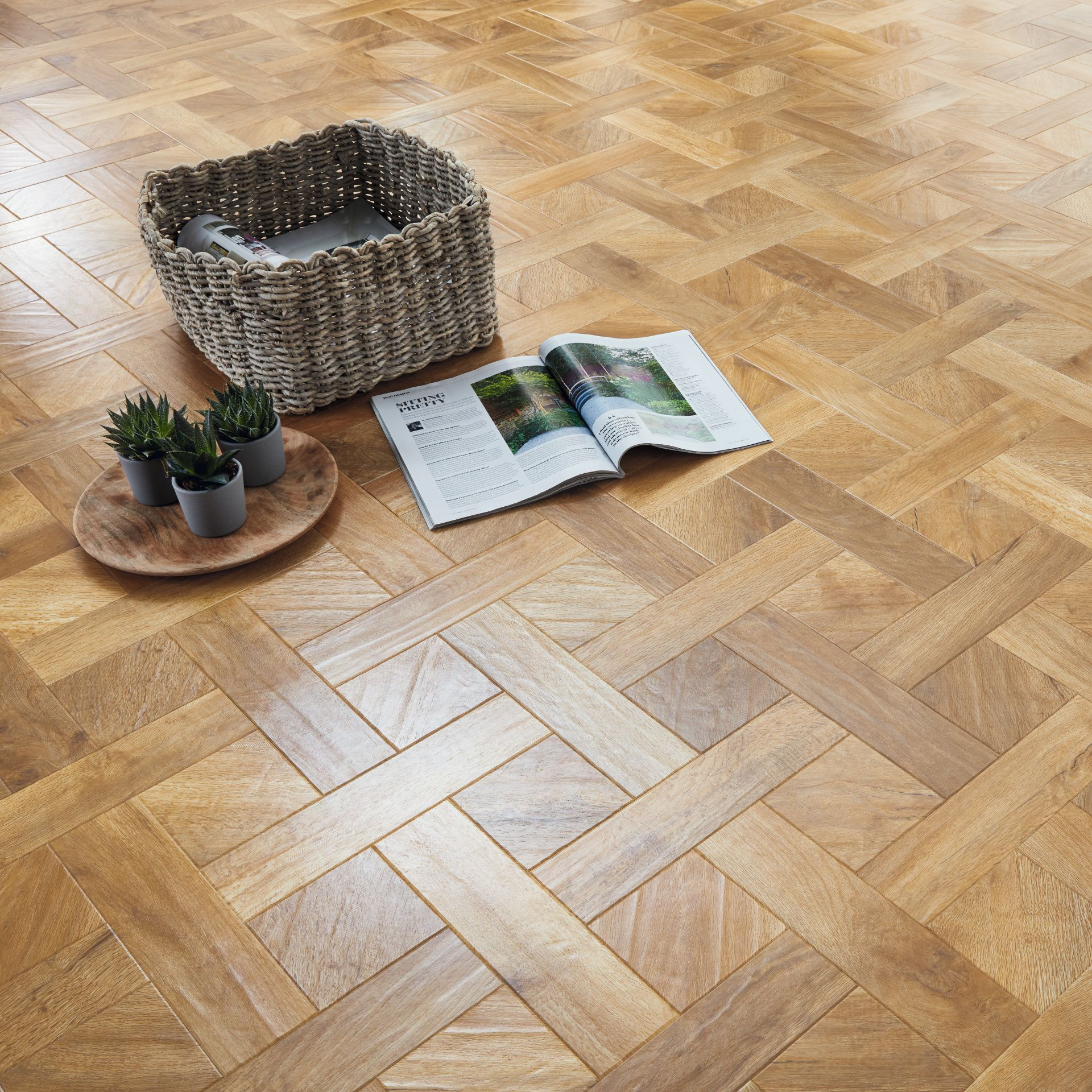 Traditional Floor Style With Karndean Art Select Spring Oak