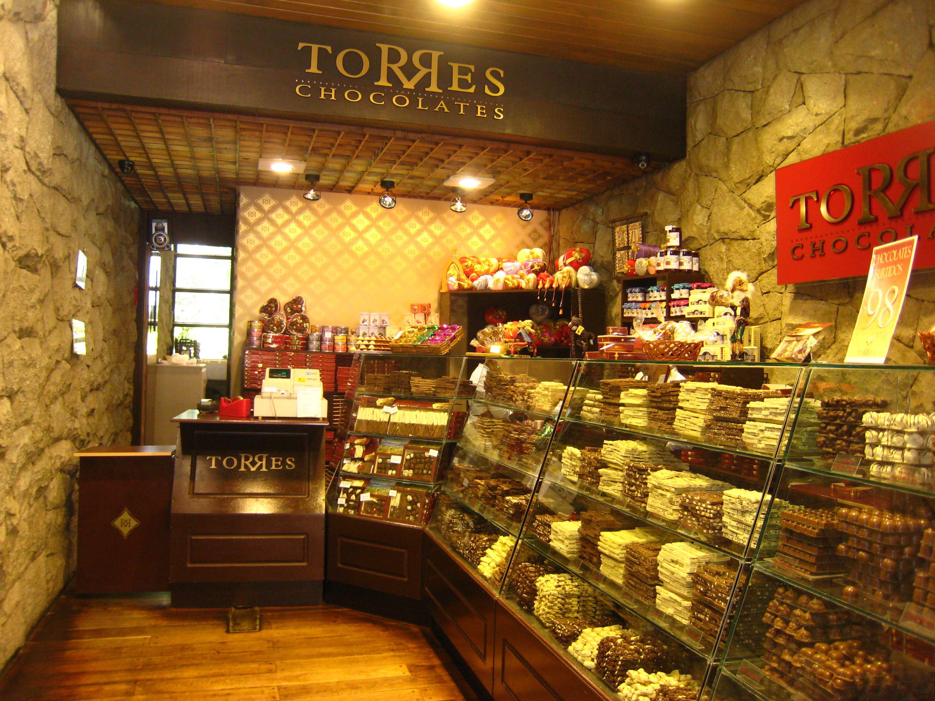 Chocolate Shop | Business Ideas | Pinterest | Chocolate shop ...