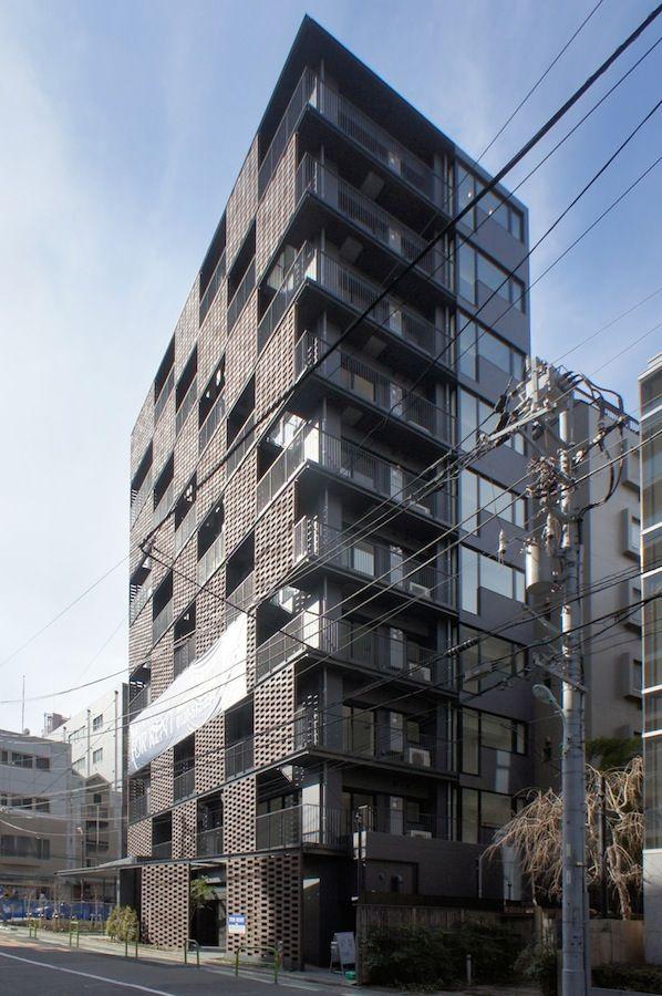 木下昌大による集合住宅 Akasaka Brick Residence ファサード