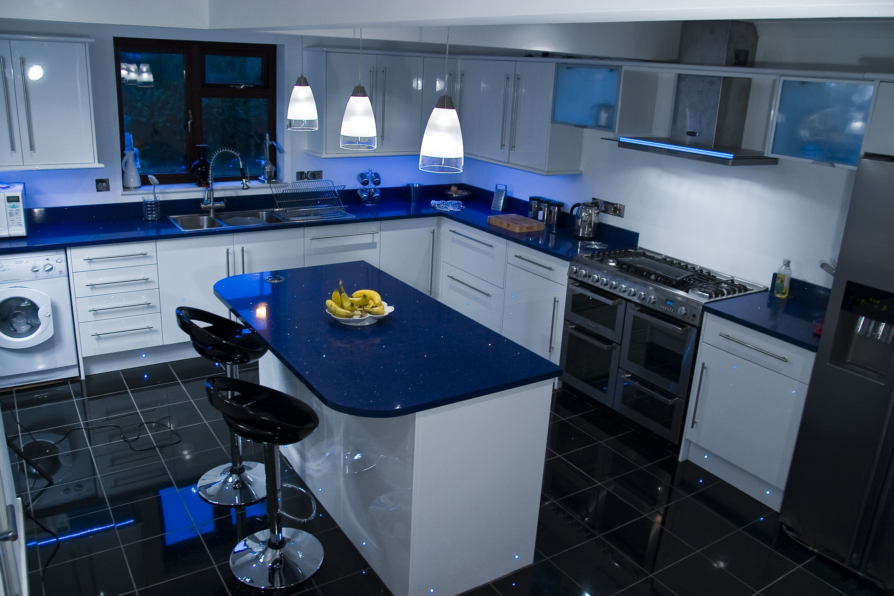 Available In A Variety Of Colours Quartz Is Viewed As A Stylish Modern Option Blue Kitchen Countertops Kitchen Cabinets Color Combination Blue White Kitchens