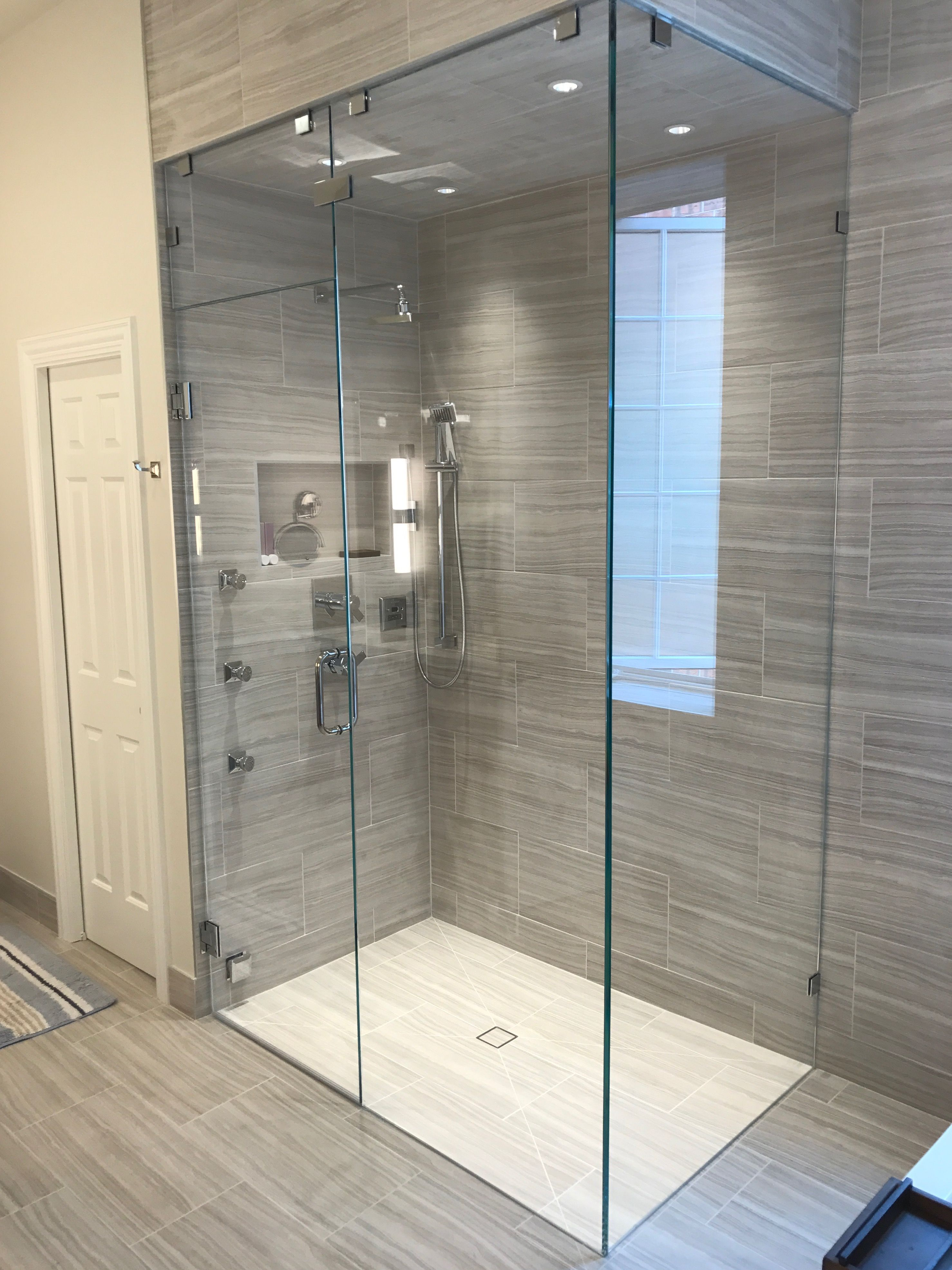 Beautiful Frameless 1 2 Starphire Glass Shower Enclosure By