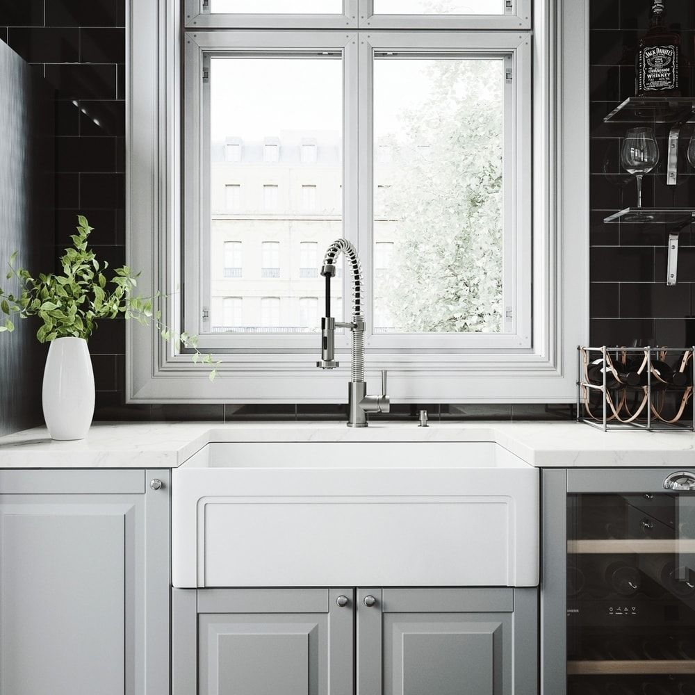 VIGO White Farmhouse Kitchen Sink Set with Edison Faucet, Gray ...