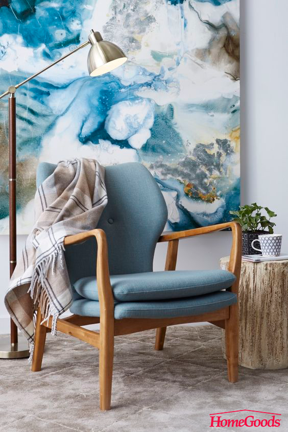 When wall art becomes wall covering something amazing happens! Discover a wide selection of wall decor in stores. Be creative and make home yours.