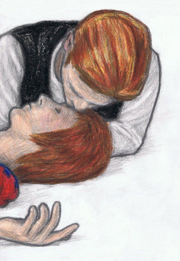 Bowie sniffing Ziggy Stardust's love jewel