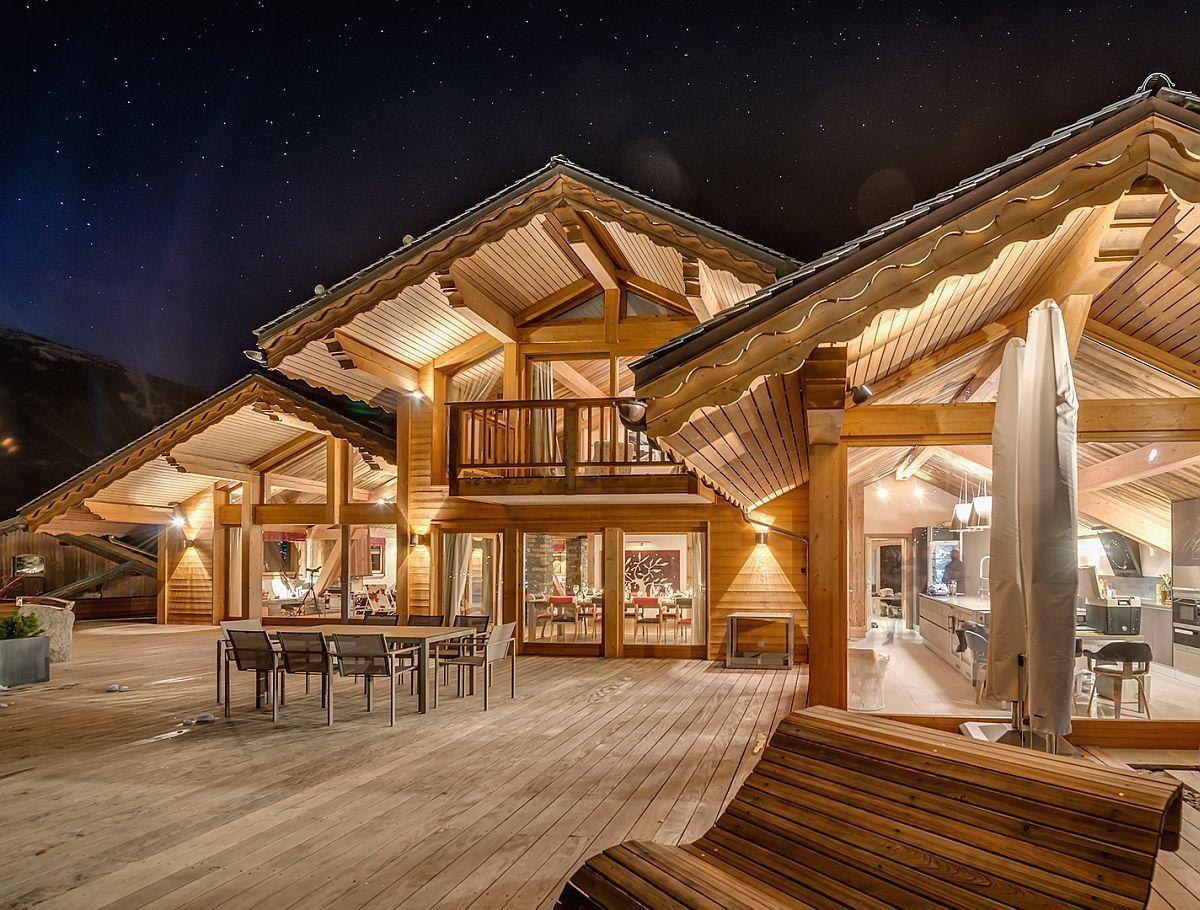 France's Best Luxury Ski Chalet Promises an Unforgettable Dream Vacation#chalet #dream #frances #luxury #promises #ski #unforgettable #vacation