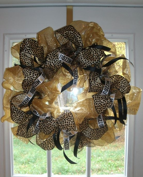 Mizzou Mesh Wreath--Mendy I need this!!!