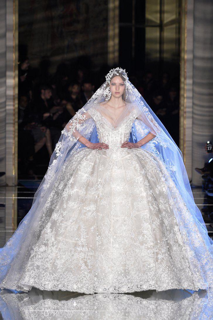 Pin for Later: Diese Couture-Hochzeitskleider lassen Herzen höher schlagen Zuhair Murad Haute Couture Frühjahr/Sommer 2016