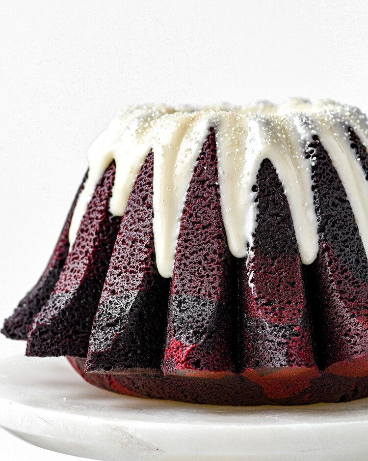 Red Velvet Bundt Cake — buttermilk #redvelvetcheesecake