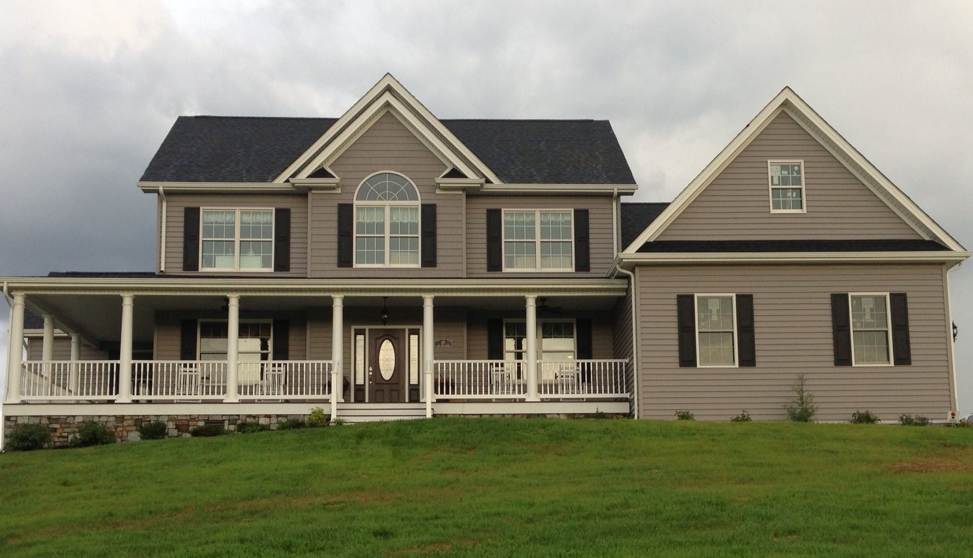 Certainteed granite gray siding house ideas pinterest for Certainteed siding